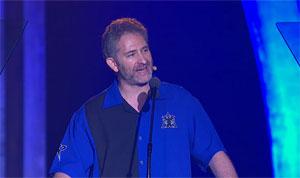 Mike Morhaime, presidente da Blizzard, anuncia novidades na Blizzcon 2011 (Foto: Divulgação)