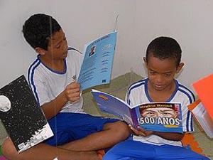 Semana do Livro e da Biblioteca promove troca de livros e gibis, no ES (Foto: Kadidja Fernandes/PMV)