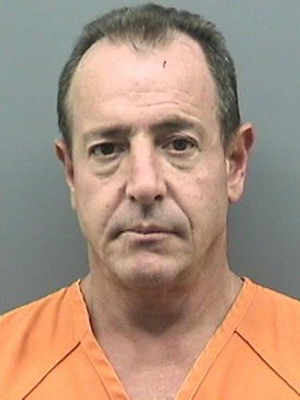 Foto de Michael Lohan na prisão de Tampa, nos EUA (Foto: AP)