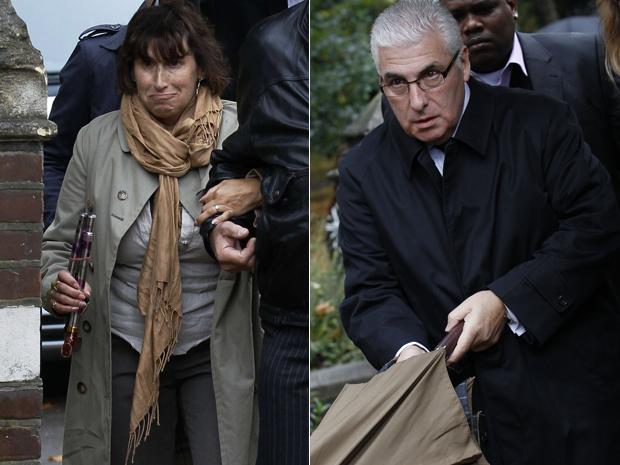 Janis e Mitch Winehouse, pais de Amy, chegam em audiência sobre morte da cantora (Foto: Reuters)