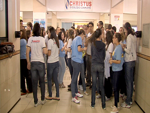 Decisão do MEC gera polêmica entre alunos que terão de refazer Enem no Ceará. (Foto: TV Verdes Mares/Reprodução)