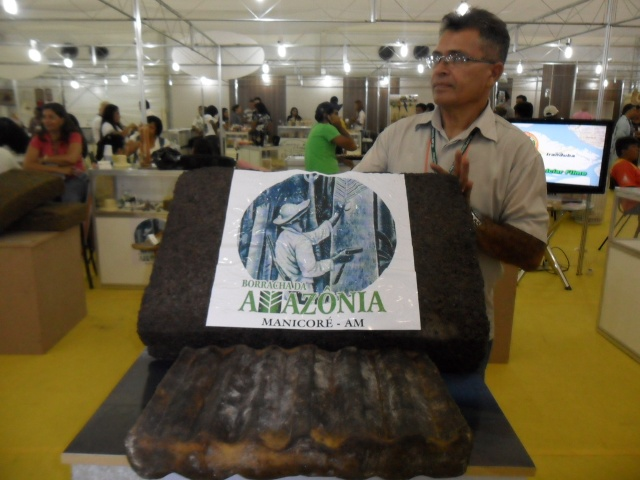Superintendente da Usina Borracha da Amazônia, Alarito Justino Cidade Neto (Foto: Alan Chaves/G1)