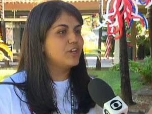 Smênia Vasconcelos Soares, de Ceilândia (DF), é uma das jovens selecionadas para o intercâmbio nos EUA (Foto: TV Globo/Reprodução)
