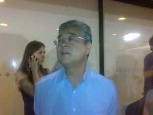 Paulo Okamoto visita Lula em hospital em São Paulo (Foto: Carolina Moreno)