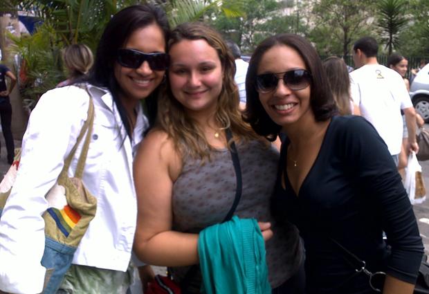 Daniele, Denise e Regiane na entrada do Exame da OAB (Foto: Ana Carolina Moreno/G1)