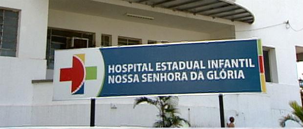 Criança que levou tiro na cabeça está internada no Hospital Infantil (Foto: Reprodução/ TV Gazeta)