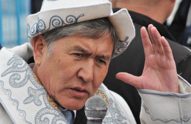 Almazbek Atambayev, que segundo a comissão eleitoral foi eleito com 63% dos votos (Foto: AFP)