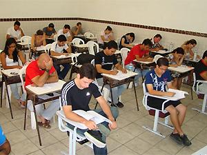 Candidatos a professor efetivo fazem prova no IFPB em João Pessoa (Foto: Divulgação/IFPB)