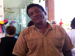 Armando Moreira dos Santos acredita que ele poderia ser santo (Foto: Graziela Oliveira)