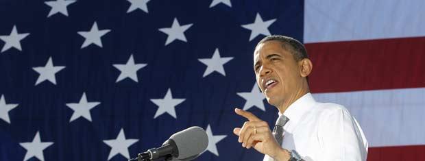 O presidente dos EUA, Barack Obama, fala sobre empregos em discurso em parque da capital, Washington, nesta quarta-feira (2) (Foto: AP)