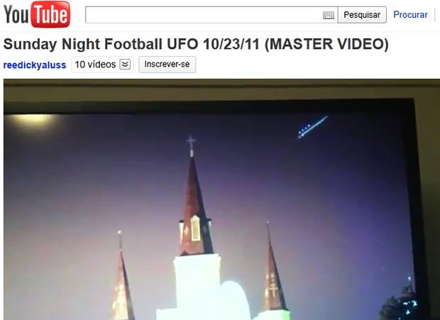 Torcedor diz ter filmado um óvni durante um jogo de futebol americano. (Foto: Reprodução/YouTube)