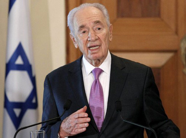 O presidente israelense, Shimon Peres, durante visita ao Chipre na quinta-feira (3) (Foto: AFP)