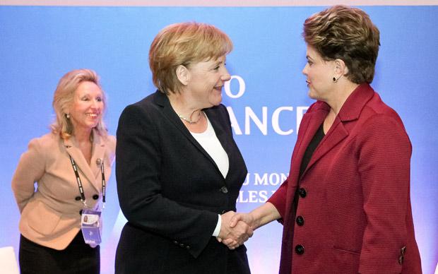 Encontro da presidente Dilma Rousseff com a primeira-ministra da Alemanha, Angela Merkel. Reunião faz parte da agenda da presidente brasileira no encontro do g20, que reúne os principais líderes mundiais. (Foto: Roberto Stuckert Filho / Presidência)