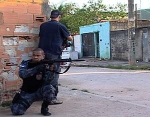 Cinegrafista é morto durante ação do Bope na Favela de Antares, na Zona Oeste do Rio (Foto: Reprodução TV Globo)