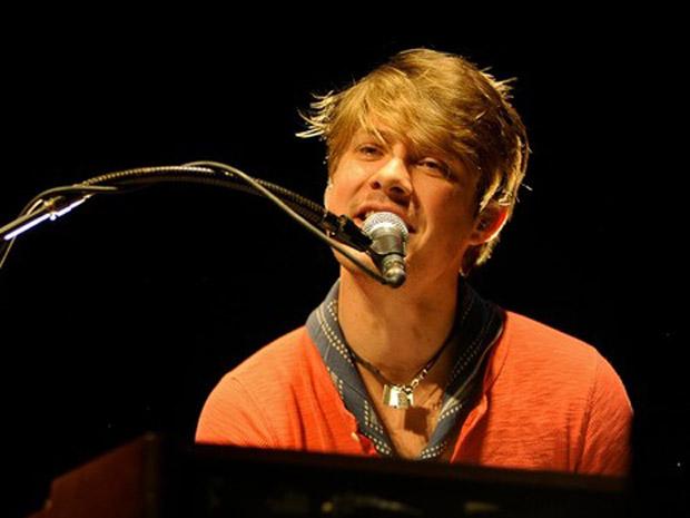 Jordan Hanson, vocalista e pianista da banda (Foto: Flávio Moraes/G1)