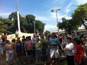 Protesto Praça da Bandeira (Foto: Renata Soares/G1)