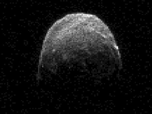 Asteroide 2005 YU55, em imagem desta segunda (7) (Foto: Nasa/JPL-Caltech )