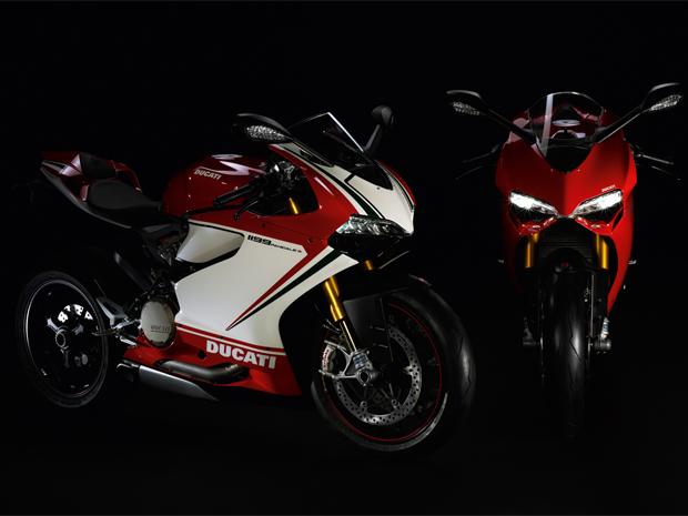 Versão de três cores remete às motos de competição da Ducati (Foto: Divulgação)