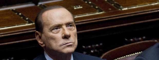 O premiê da Itália, Silvio Berlusconi, durante a votação nesta terça-feira (8) no Parlamento (Foto: AP)