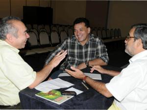 Almir Kimura, Tony Medeiros e Robério Braga, em reunião (Foto: Divulgação/Sec)