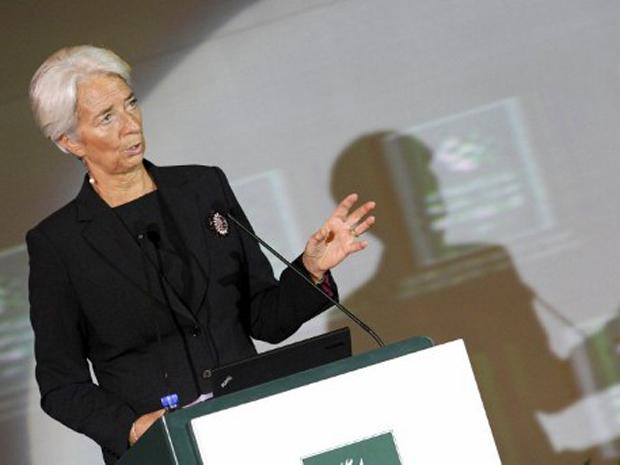 Chefe do FMI, Christine Lagarde, fala durante O Fórum Internacional de Finanças em Pequim, nesta quarta-feira (9) (Foto: AFP)