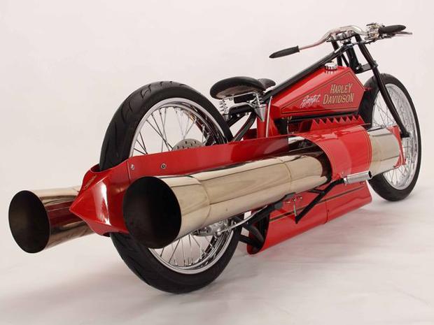 Motocicleta utiliza dois jatos para se mover (Foto: Divulgação)