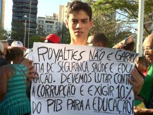 Estudante aceita a repartição dos recursos dos roylaties (Foto: Juirana Nobres / G1)