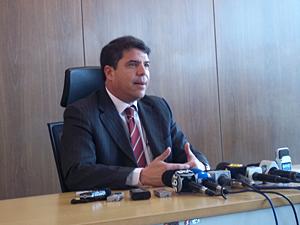 Presidente da CLDF, deputado Patrício, afirmou nesta sexta que investigações de denúncias contra Agnelo devem ser feitas pela Polícia Federal e Ministério Público (Foto: Rafaela Céo/G1)