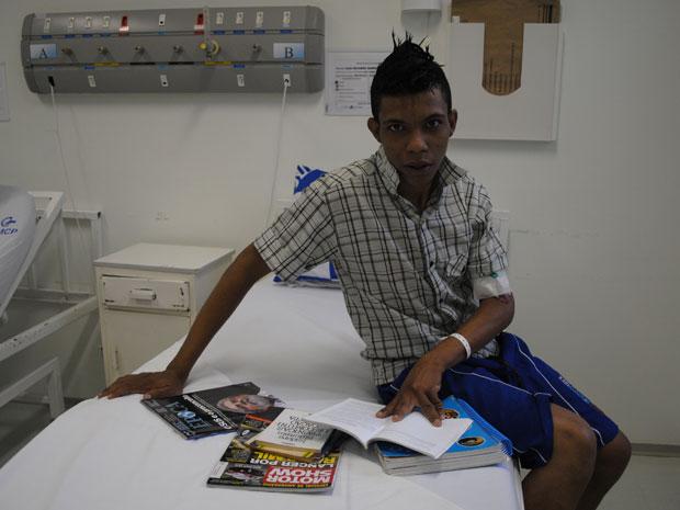 Luiz Ricardo Barbosa da Silva fará o vestibular mesmo doente dentro do hospital (Foto: Crislaine Gava/ Hospital PUC-Campinas)