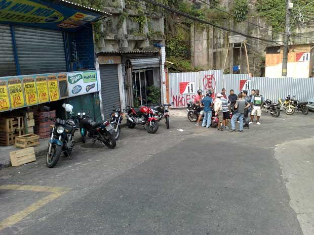 Moto-taxistas não vão poder oferecer serviço fora do Vidigal (Foto: Fabrício Costa/G1 )