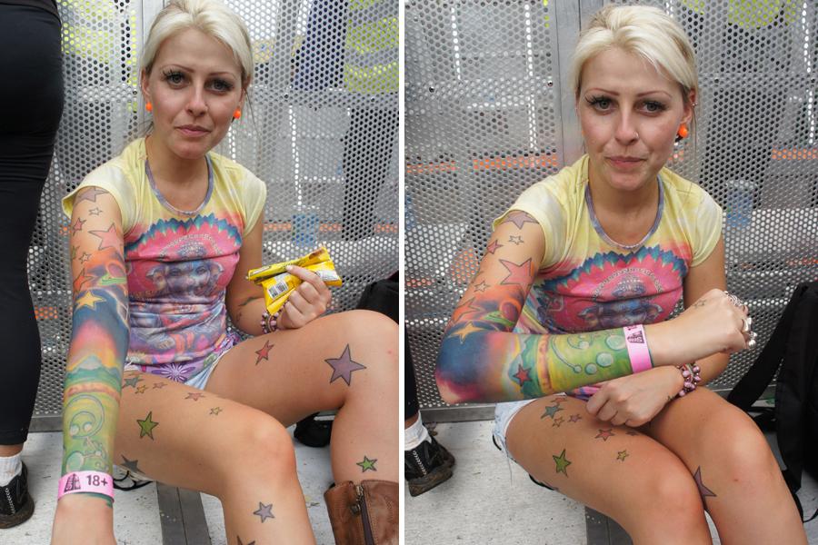 Tatuagem da Aurora Boreal chama a atenção de jovem na última tarde de shows do SWU 2011