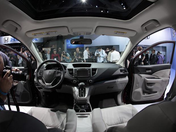 Interior do Honda CR-V também passou por mudanças (Foto: Reuters)