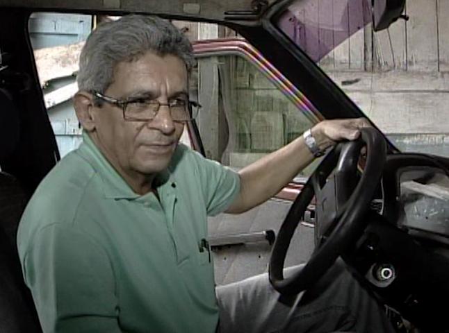carro furtado há sete anos na Bahia (Foto: Reprodução /TV Santa Cruz)