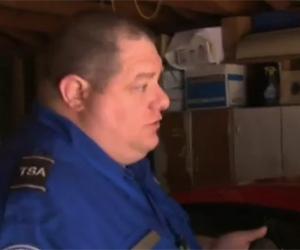 Roy Egan é entrevistado pela equipe do ABC 7 (Foto: Reprodução)