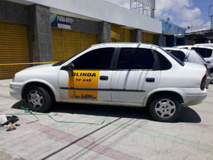 Um taxista integrava o grupo e era responsável pelo transporte da quadrilha e das drogas, segundo a polícia (Foto: Kety Marinho / TV Globo)