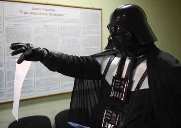 'Vilão de Star Wars' reivindicou um terreno. (Foto: Reuters)