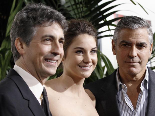 Alexander Payne, Shailene Woodle e George Clooney divulgam 'Os descendentes' (Foto: Reuters)