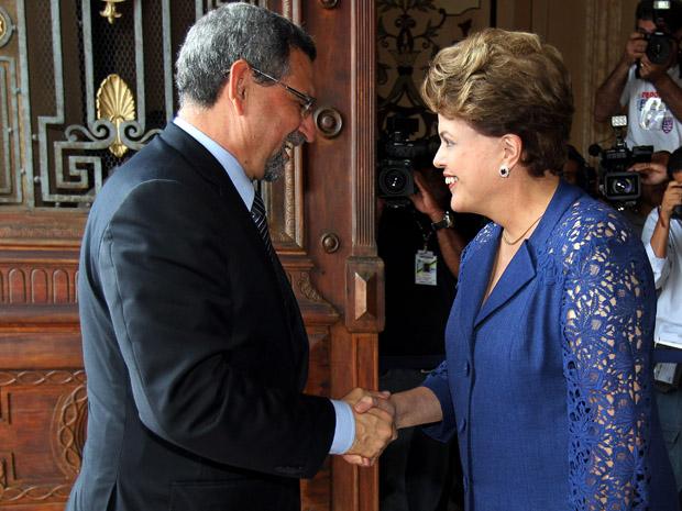 Dilma cumprimenta o presidente Jorge Carlos Fonseca, presidente de Cabo Verde (Foto: Roberto Stuckert Filho/PR)