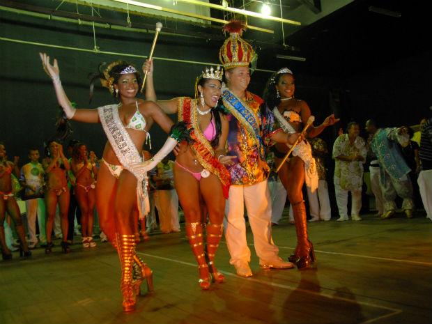 Família Real do carnaval capixaba de 2012 (Foto: Brunella França / Divulgação PMV)