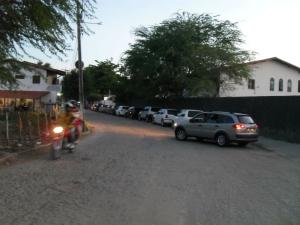 Segurança nas ruas ao redor da faculdade preocupa estudantes (Foto: Alex Pimentel/Colaboração)