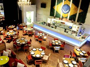 Café de la Musique tem decoração que varia conforme a estação do ano  (Foto: Divulgação)