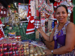 Todo fim de ano Normália investe em produtos natalinos (Foto: Luna Markman/G1)