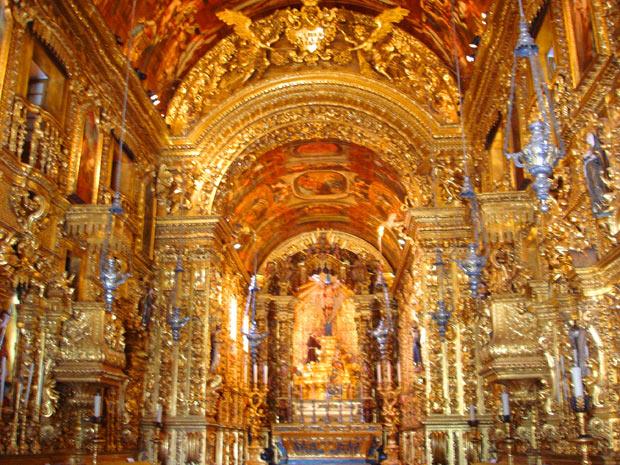 Igreja de São Francisco da Penitência, no Rio, tem interior revestido de ouro (Foto: Jose Antonio Dias/VC no G1)
