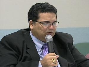 José Januário do Amaral renunciou ao cargo de reitor da Unir (Foto: Reprodução/TV Rondônia)