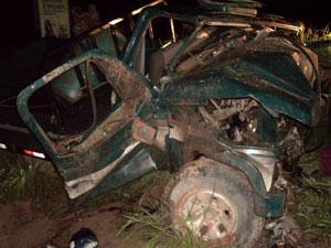 Motorista embriagado invade pista e causa batida com três mortes, diz PRF (Foto: Divulgação/PRF)