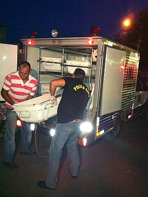 Adolescente morreu com três tiros no Loteamento Fazendinha (Foto: Marina Souza/G1)