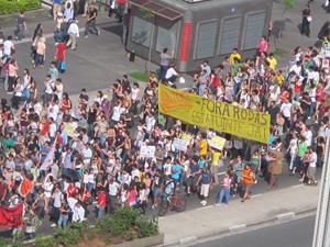 Uma reivindicaçãos dos estudantes é a reforma do estatuto da USP (Foto: Paulo Guilherme/G1)