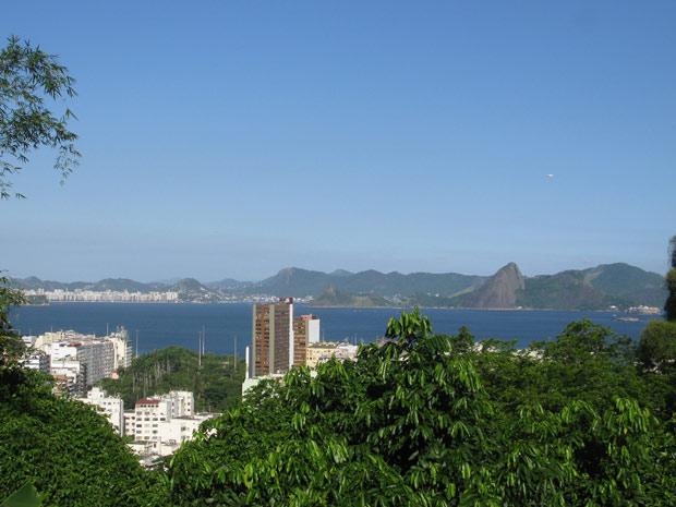 Vista da Tavares Bastos, no Catete, onde fica o The Maze (Foto: Lilian Quaino/G1)