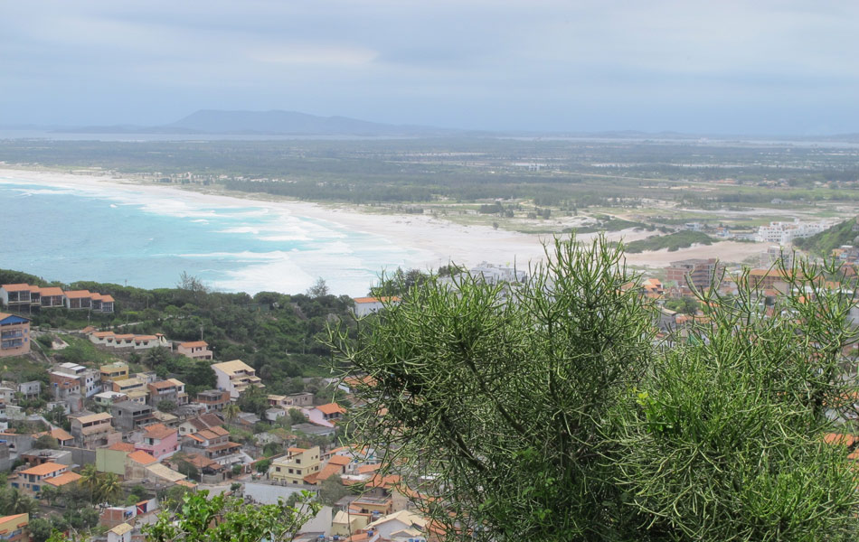 Vista do Pontal do Atalaia é uma das mais bonitas de Arraial do Cabo