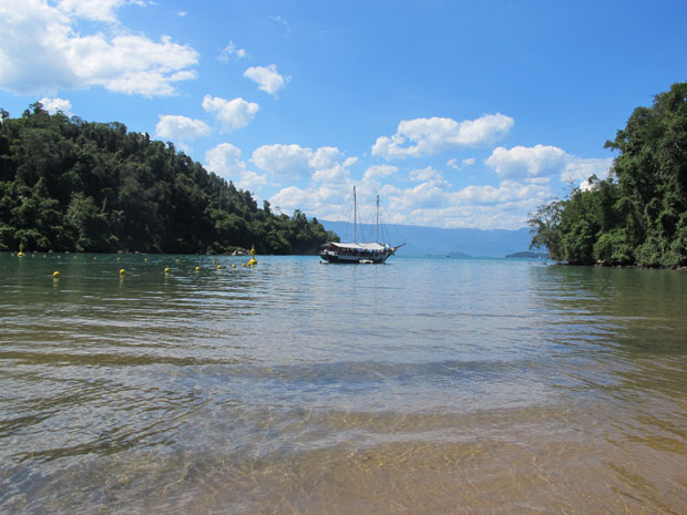 Praia Jurumirim (Foto: Carolina Lauriano / G1)